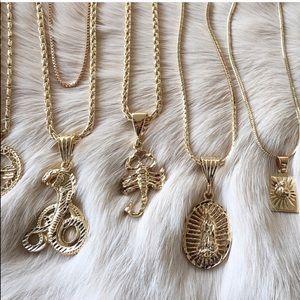 Vanessa Mooney Wyclyf necklace